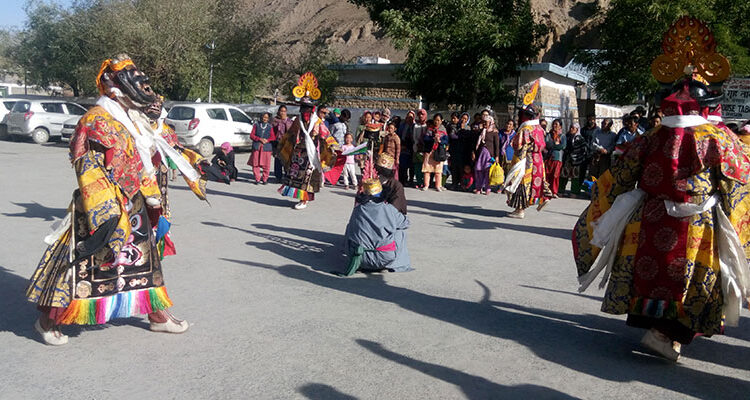 Get Ready for the Action; Visit Himachal in Festival Season