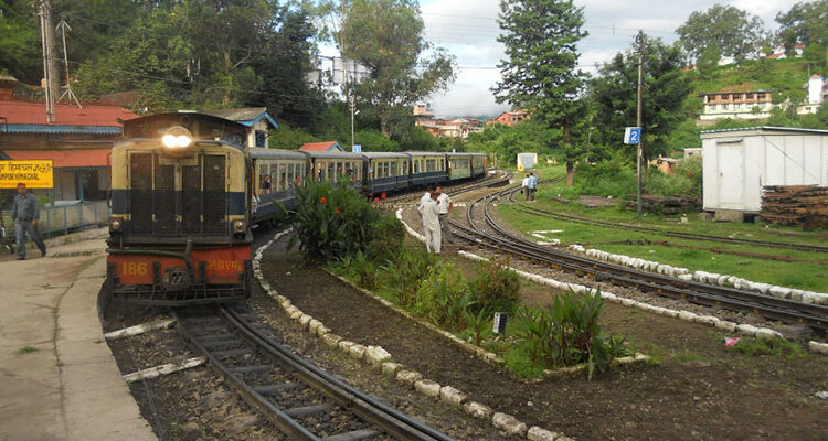 Toy Train Rides
