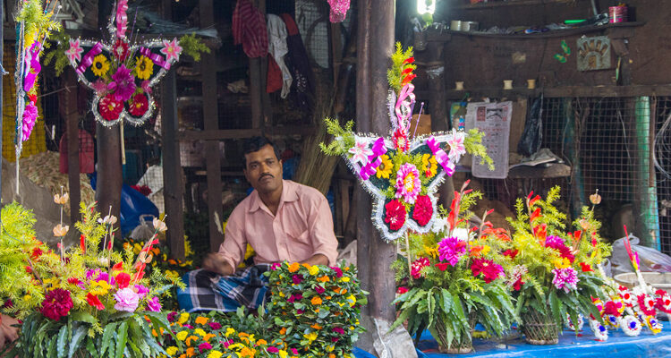 A Walk through the Mullick Ghat Flower Market