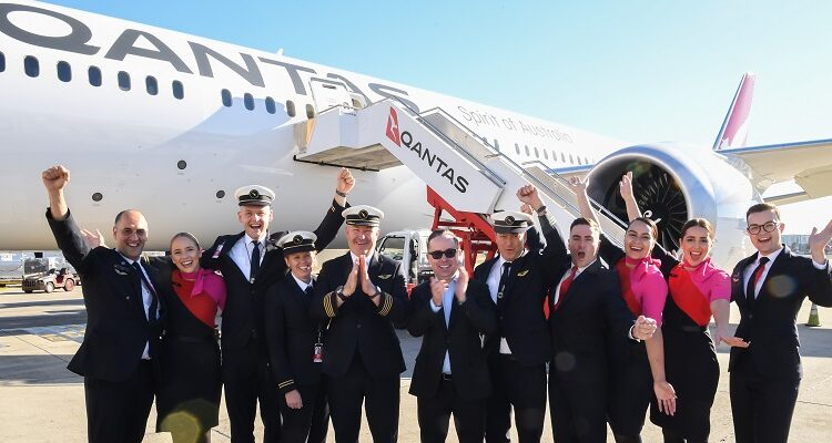 Qantas Makes History with 19-Hour Nonstop Commercial Flight