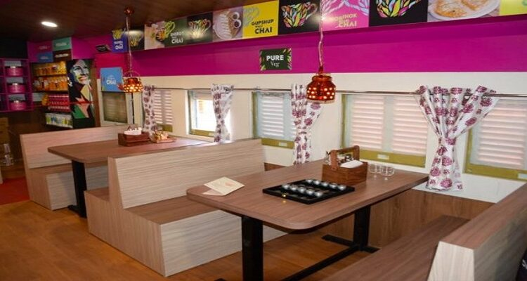 """Indian Railways launches its First """"Restaurant on Wheels"""" at Asansol Station"""